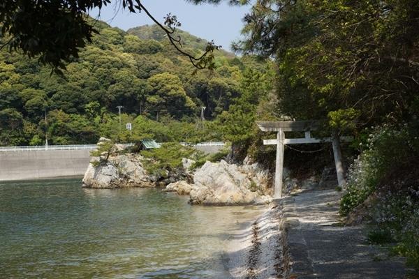 式内猪鼻湖神社.JPG