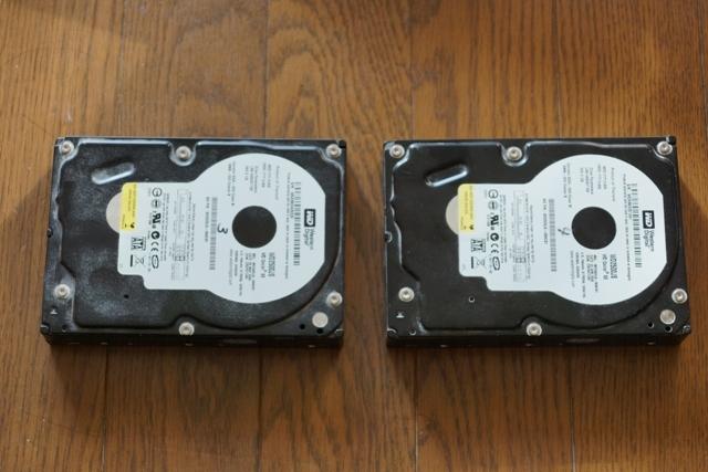ハードディスク 2台.JPG