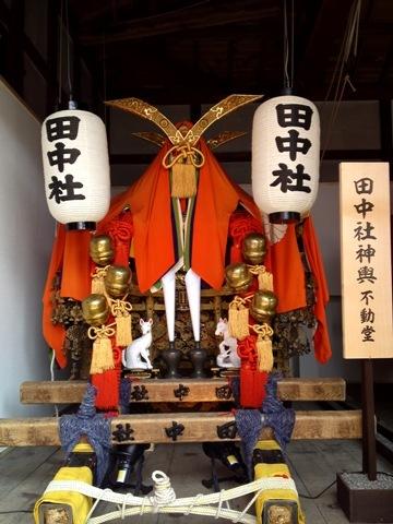 田中社神輿.JPG