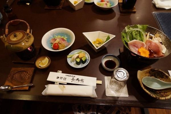 長寿館の夕食1.jpg