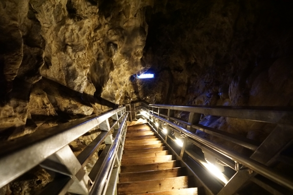 龍泉洞11.JPG